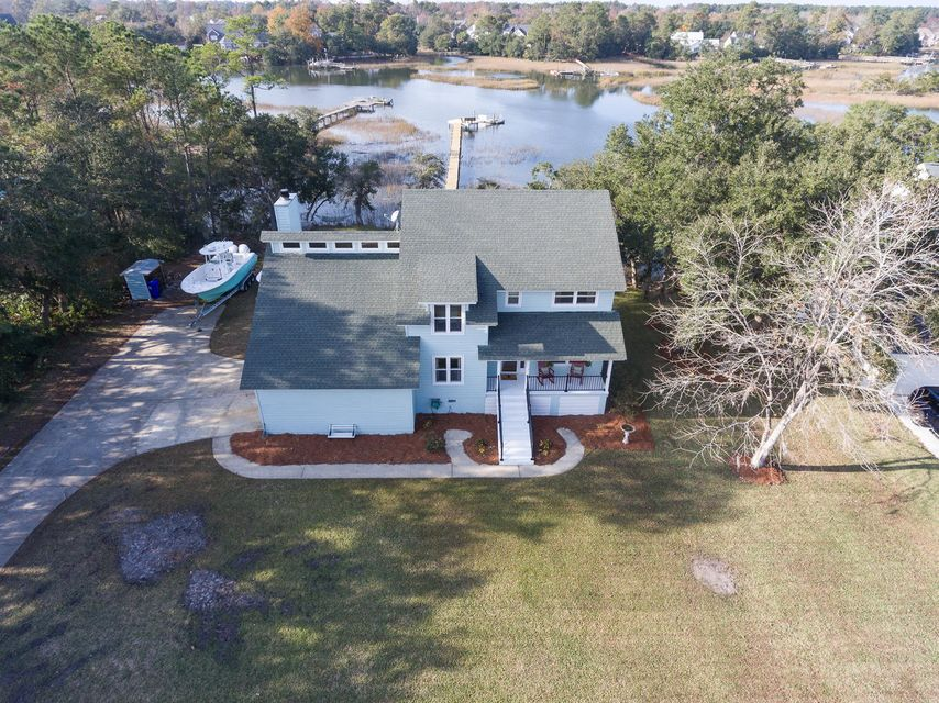 Wakendaw Manor Homes For Sale - 1200 Manor, Mount Pleasant, SC - 41