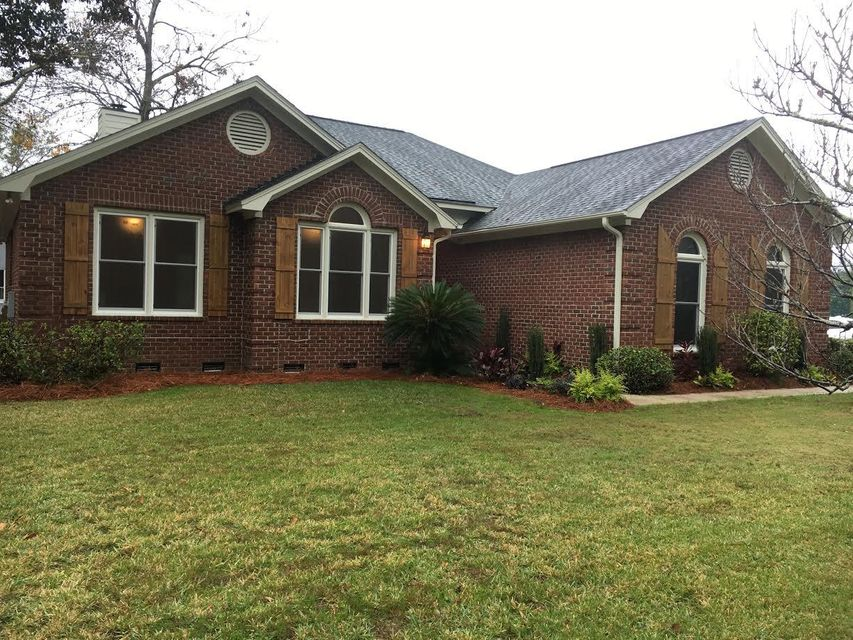 1350  Hidden Lakes Drive Mount Pleasant, SC 29464