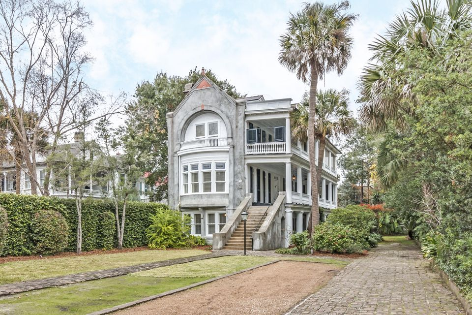 90  Ashley Avenue Charleston, SC 29401