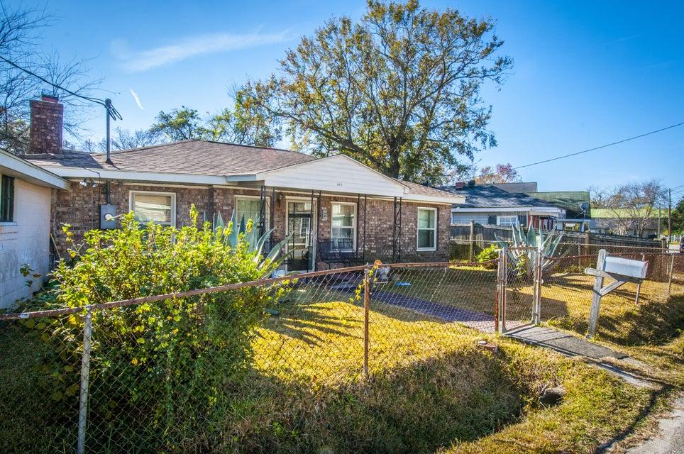 917  Hillsboro Drive Charleston, SC 29407
