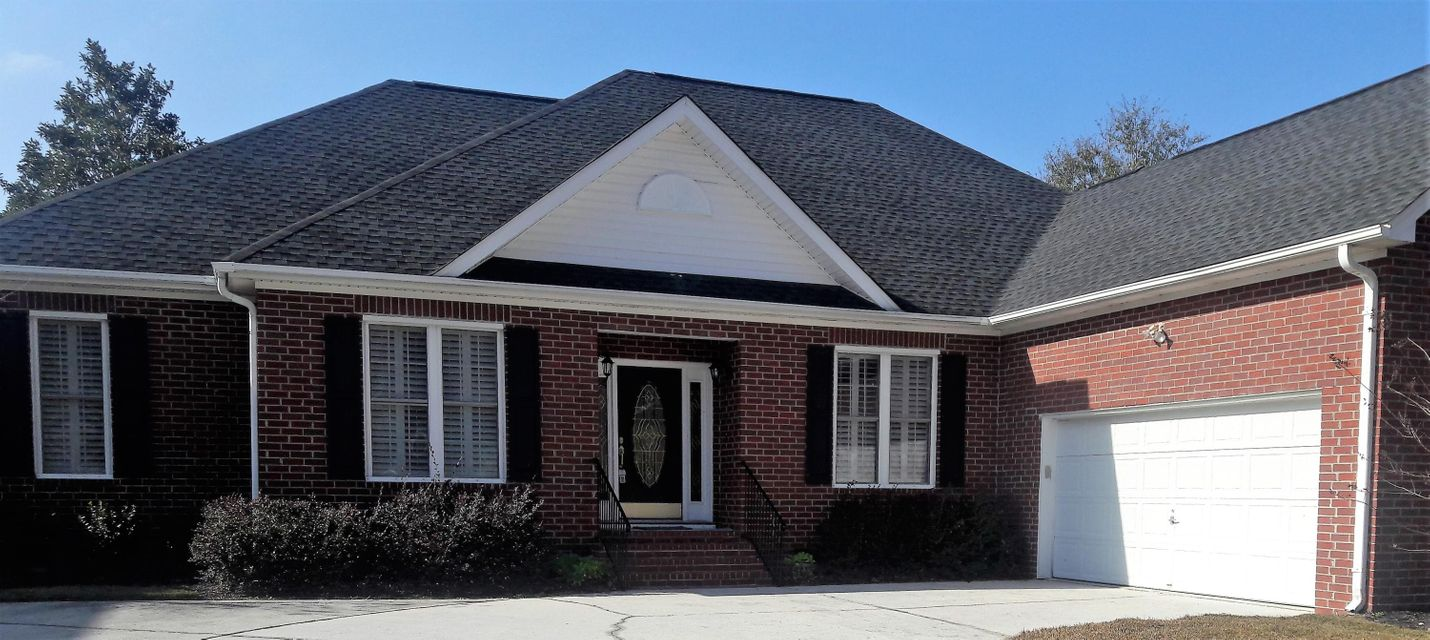 2763  Waterpointe Circle Mount Pleasant, SC 29466