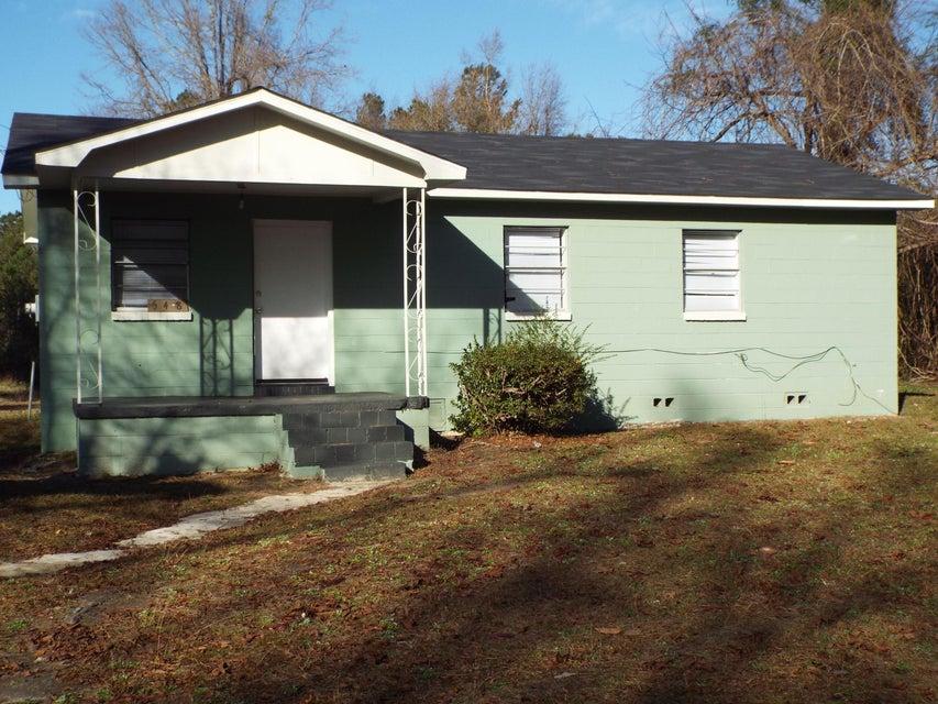 548  Sanders Road Cross, SC 29436