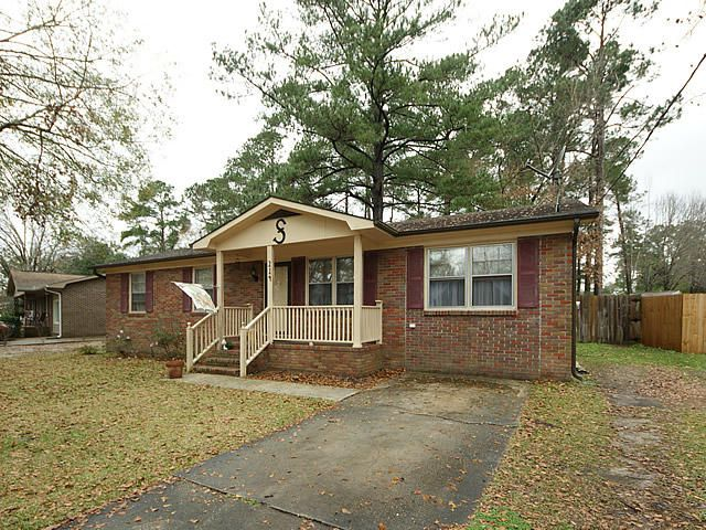 214  Forest Circle Summerville, SC 29483
