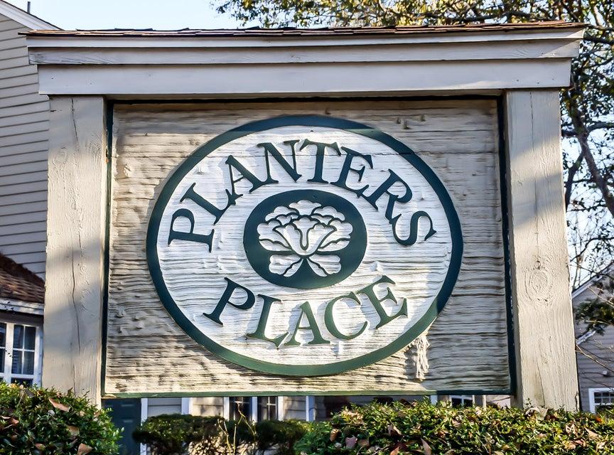 1039  Planters Place Mount Pleasant, SC 29464