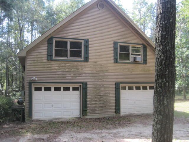 7469  Parkers Ferry Road Adams Run, SC 29426