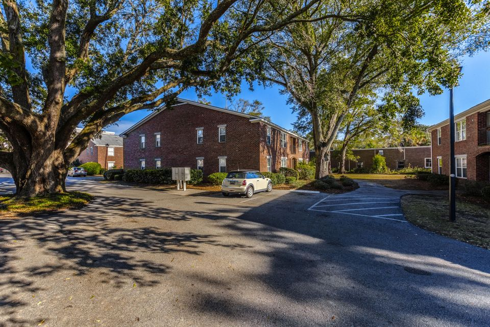 Village Oaks of Mt Pleasant Homes For Sale - 1240 Fairmont, Mount Pleasant, SC - 7