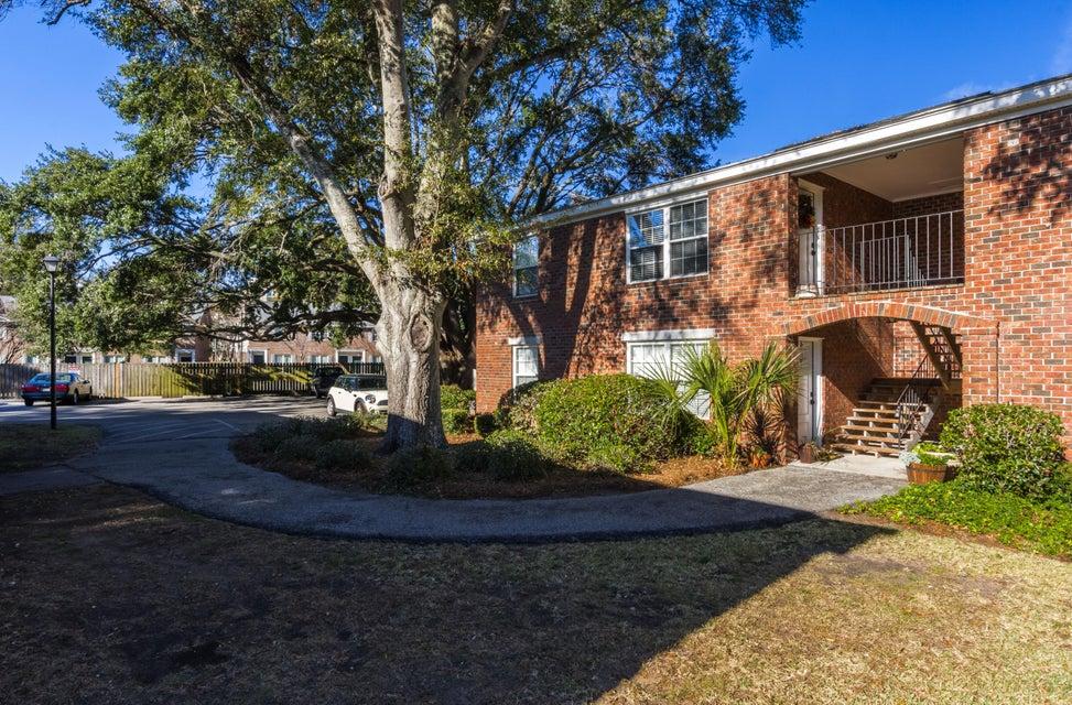 Village Oaks of Mt Pleasant Homes For Sale - 1240 Fairmont, Mount Pleasant, SC - 15