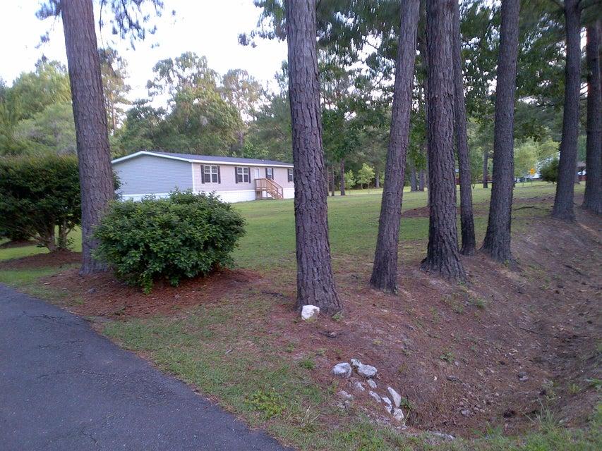 111  New Hope Drive Summerville, SC 29486