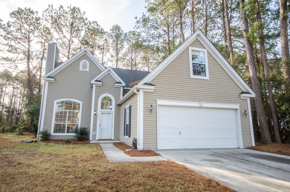 585  Antebellum Lane Mount Pleasant, SC 29464