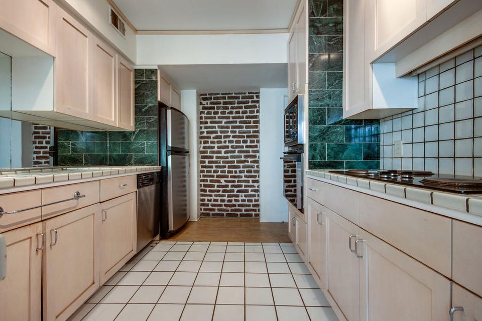 French Quarter Homes For Sale - 10 Gillon, Charleston, SC - 8