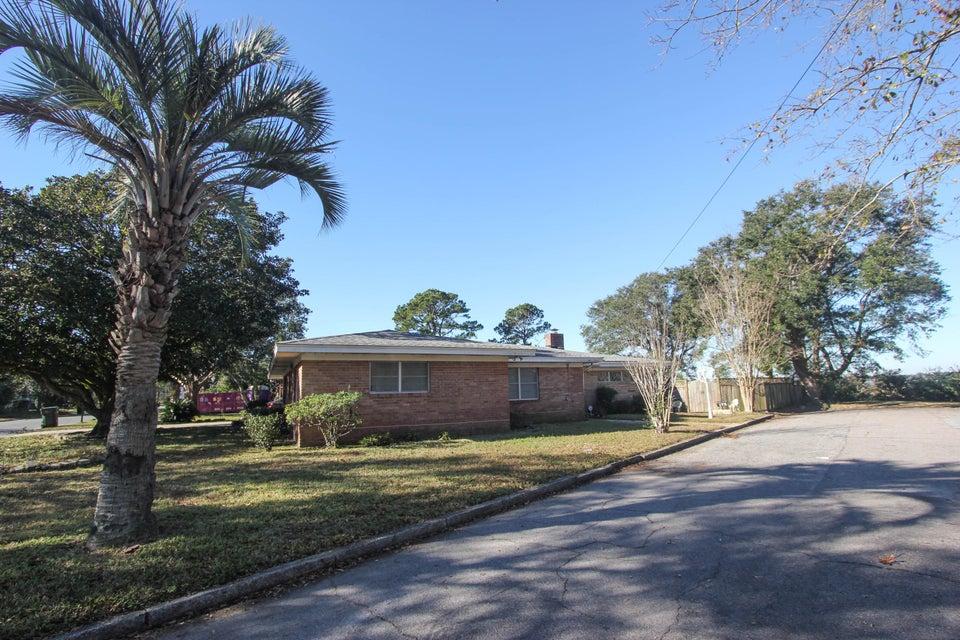 175  Peachtree Street Charleston, SC 29403