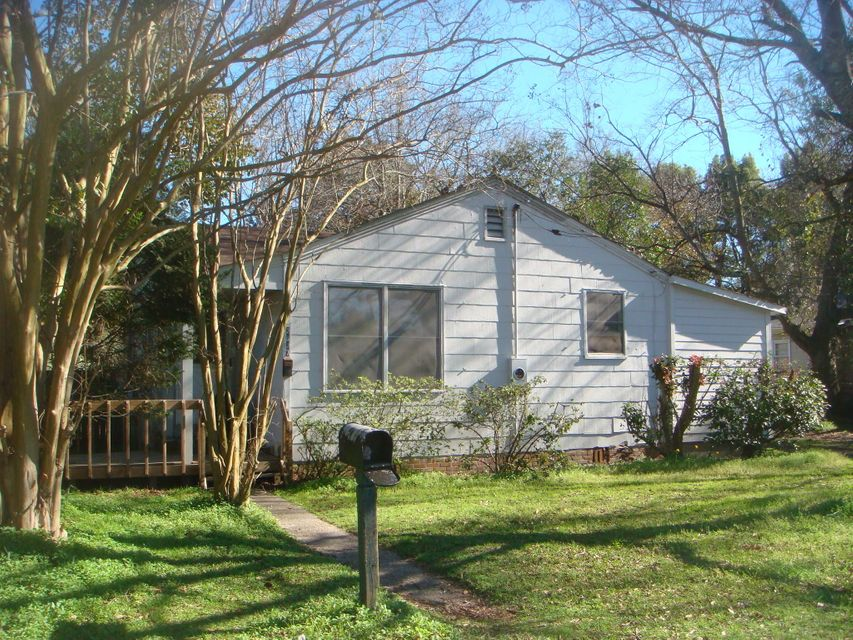2627  Ferrara Drive North Charleston, SC 29405