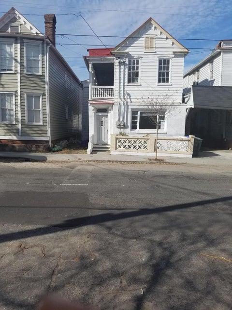 88  Spring Street Charleston, SC 29403