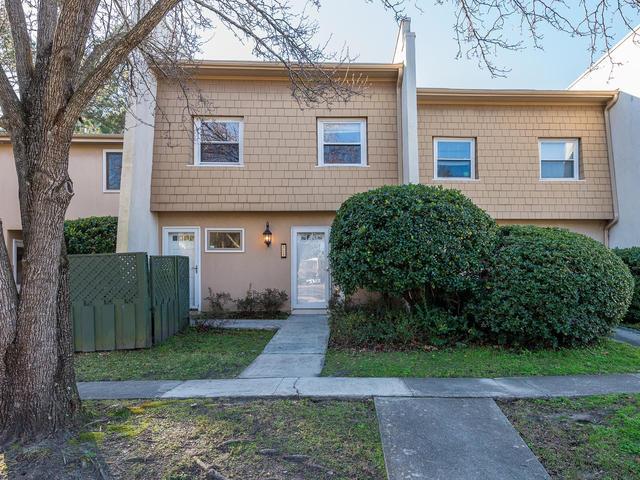 804  Ventura Place Mount Pleasant, SC 29464
