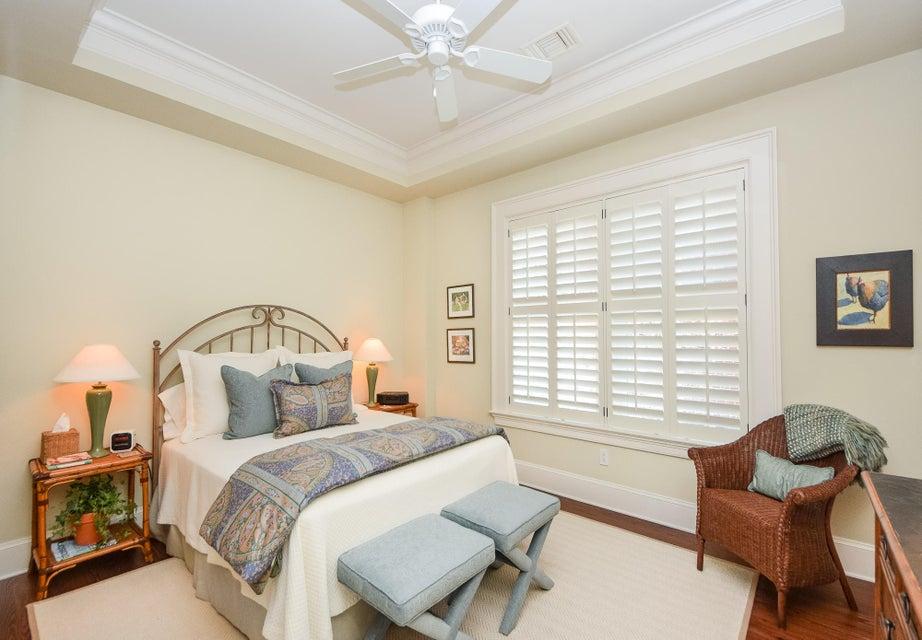 32  Prioleau Street Charleston, SC 29401
