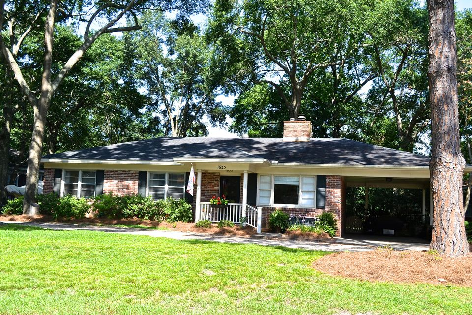1635  Culpepper Circle Charleston, SC 29407