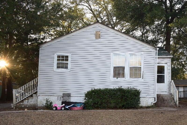 2648  Woodlawn Avenue North Charleston, SC 29405