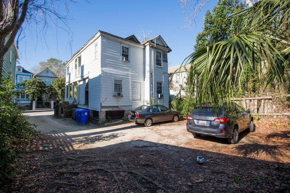 18  Felix Street Charleston, SC 29403
