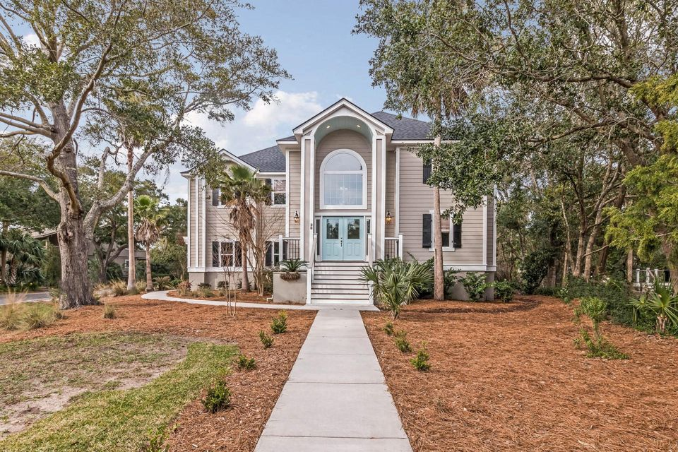 28  Fairway Oaks Lane Isle Of Palms, SC 29451