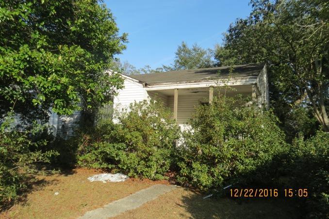 2723 W Surrey Drive North Charleston, SC 29405