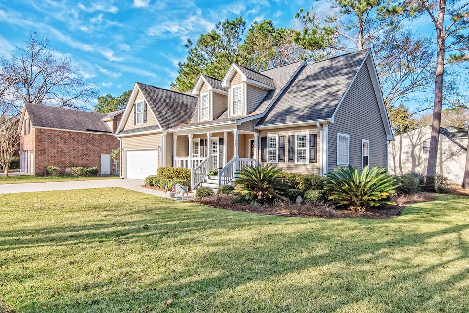 427  Springfield Road Mount Pleasant, SC 29464