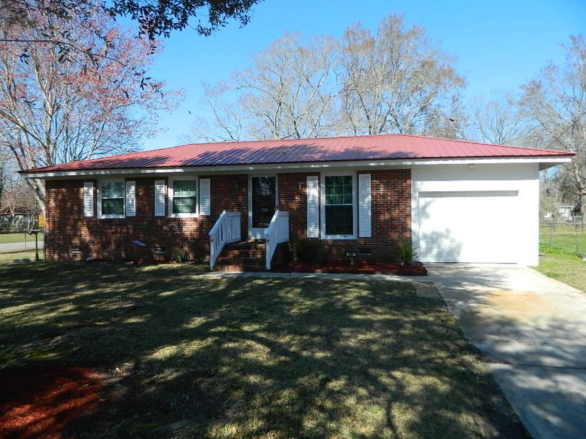 314  Farm Road Goose Creek, SC 29445