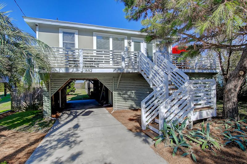 1682 E Ashley Avenue Folly Beach, SC 29439