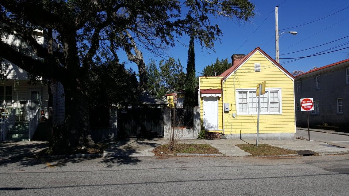 426  Sumter Street Charleston, SC 29403