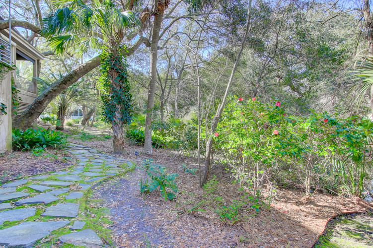 42  Fairway Oaks Lane Isle Of Palms, SC 29451