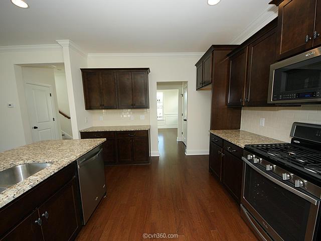 Oak Bluff Homes For Sale - 2 Oak Bluff, Charleston, SC - 18