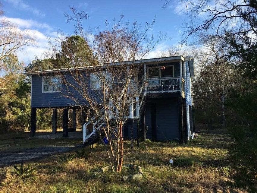 1575  Macoma Drive Mount Pleasant, SC 29466