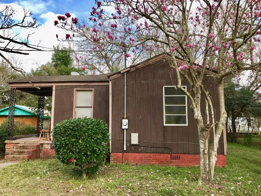 2605  Madden Drive North Charleston, SC 29405