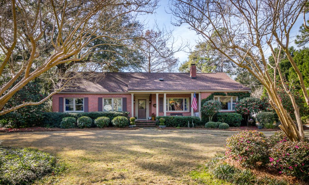 1016  Tall Pine Road Mount Pleasant, SC 29464
