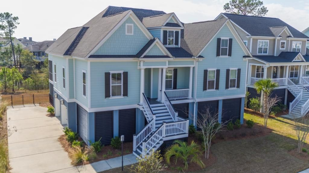 2625  Crooked Stick Lane Mount Pleasant, SC 29466