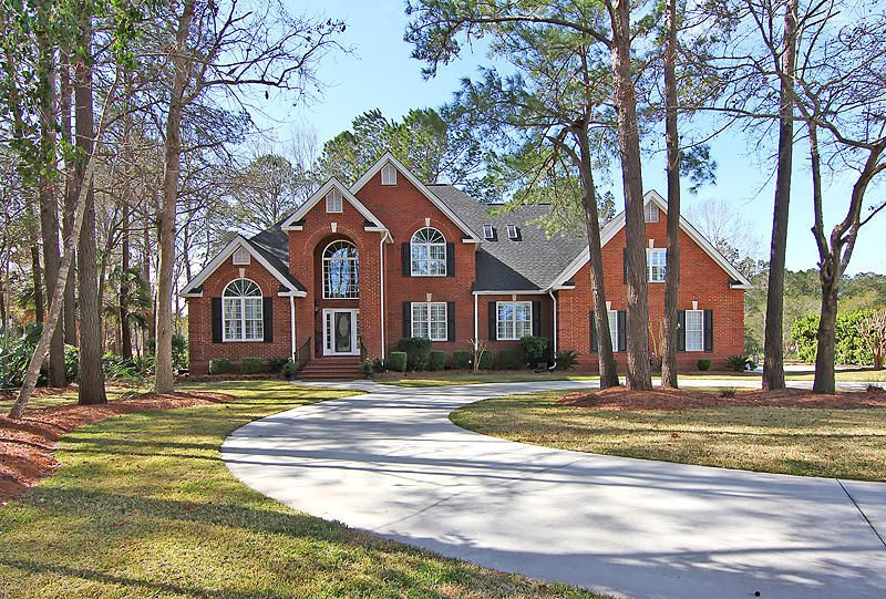 3755  Colonel Vanderhorst Circle Mount Pleasant, SC 29466