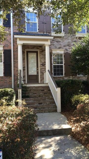 1517  Jenys Street Charleston, SC 29492