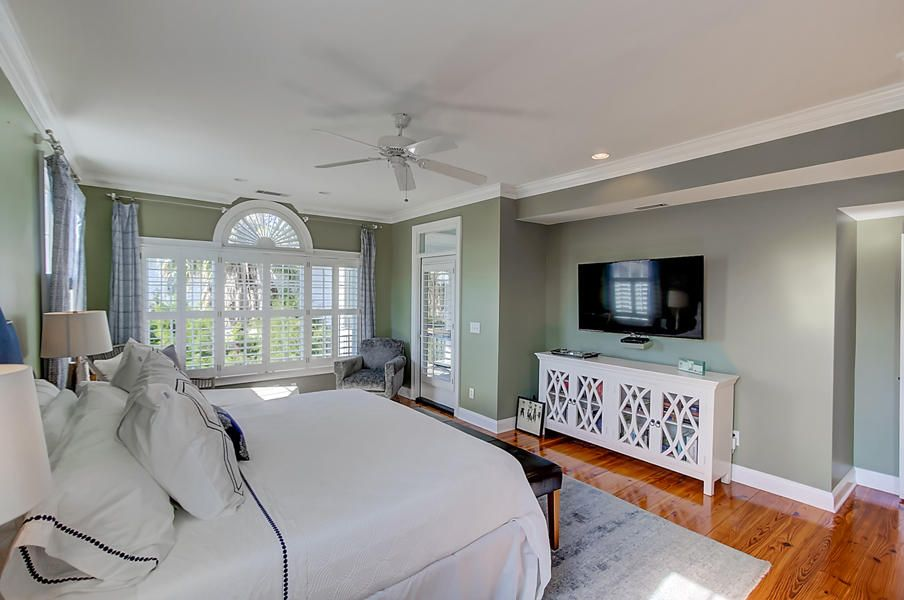 Old Village Homes For Sale - 208 Haddrell, Mount Pleasant, SC - 18