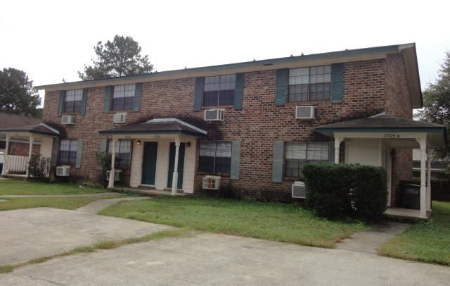7725  Oldridge Road North Charleston, SC 29418