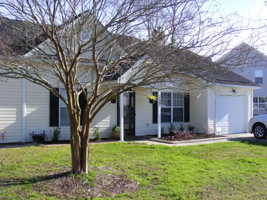singles in hanahan Audubon park apartments offer 1-3 bedroom  if you are a single mom and need this school  check for available units at audubon park in hanahan,sc view.