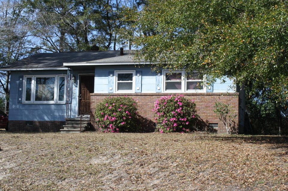 2662  Orchid Avenue North Charleston, SC 29405
