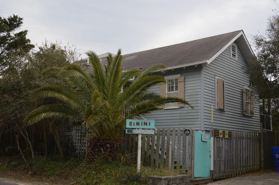 1119 E Arctic E Avenue Folly Beach, SC 29439