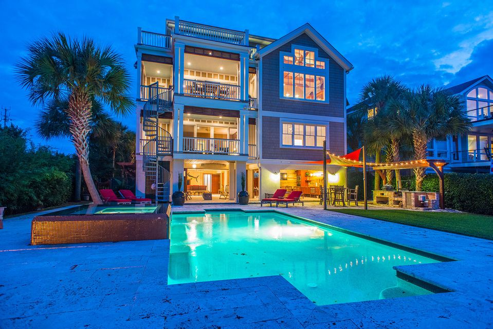 8  Intracoastal Court Isle Of Palms, SC 29451