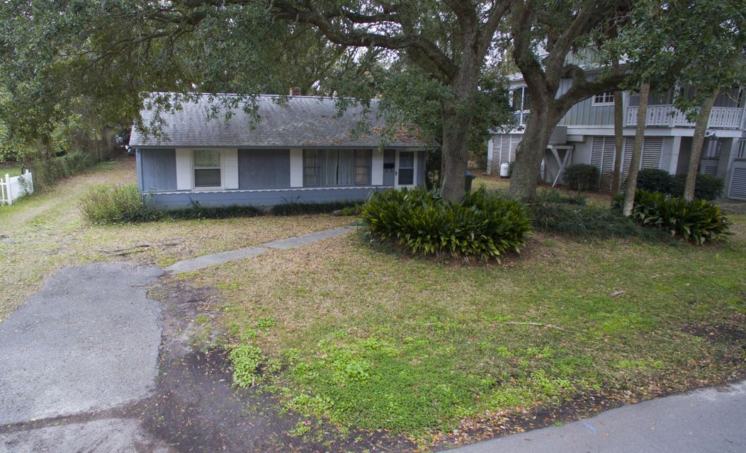 2302  Hartnett Boulevard Isle Of Palms, SC 29451