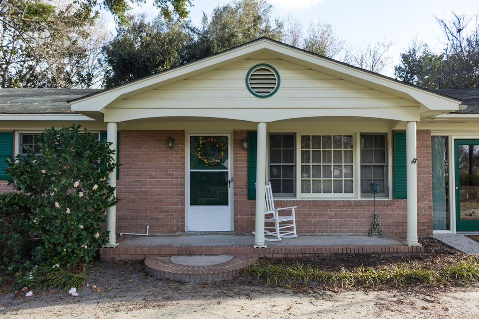 7365  Commodore Road Yonges Island, SC 29449