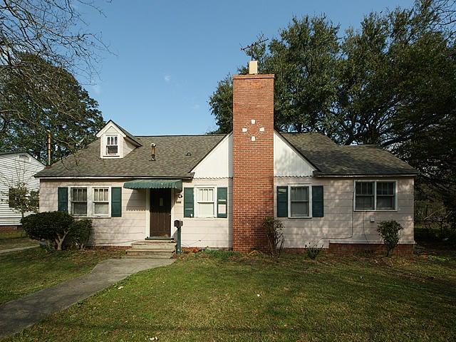 1164  Bexley Street North Charleston, SC 29405