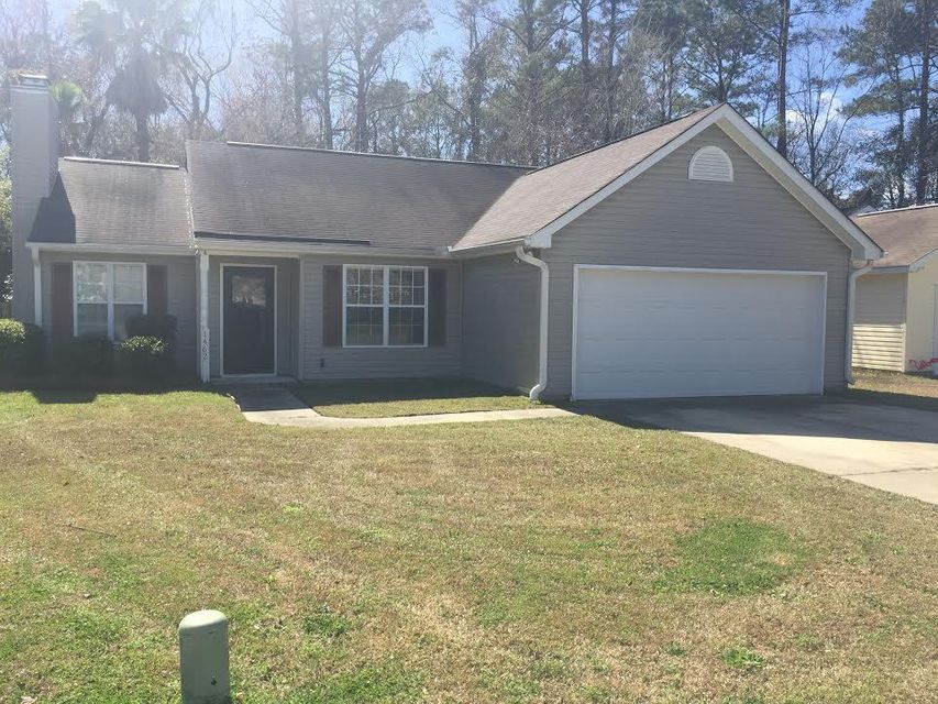 1462  Caldwell Court Mount Pleasant, SC 29466