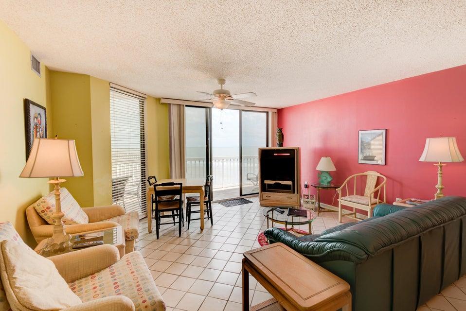 Charleston Oceanfront Villas Homes For Sale - 201 Arctic, Folly Beach, SC - 9