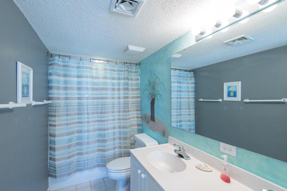 Charleston Oceanfront Villas Homes For Sale - 201 Arctic, Folly Beach, SC - 20