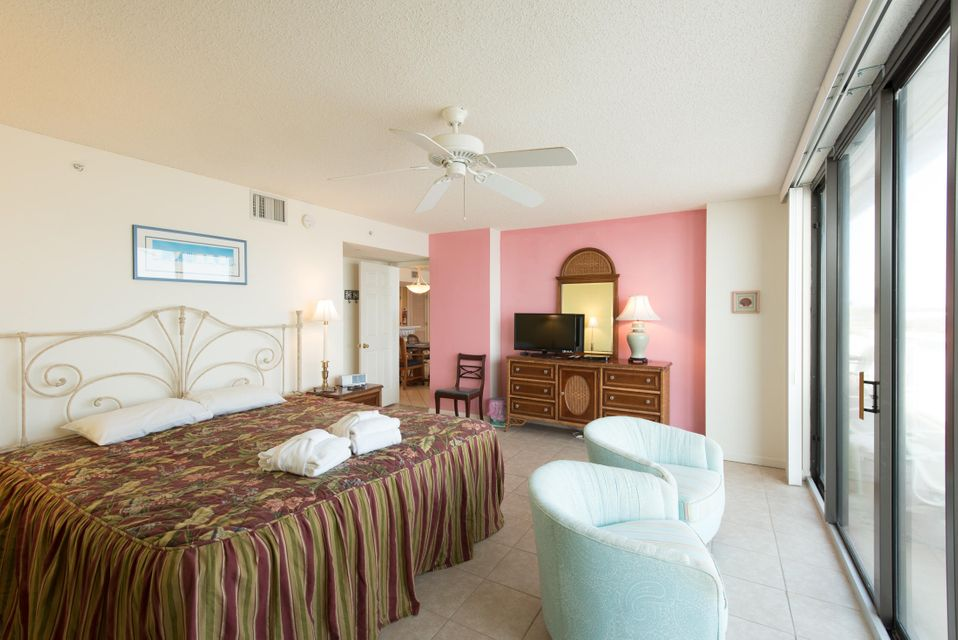 Charleston Oceanfront Villas Homes For Sale - 201 Arctic, Folly Beach, SC - 23