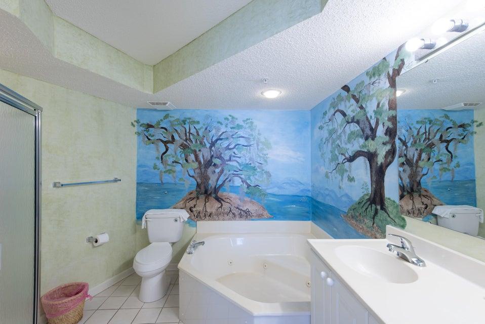 Charleston Oceanfront Villas Homes For Sale - 201 Arctic, Folly Beach, SC - 24